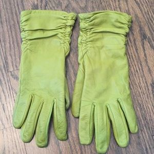 Accessories - Green Leather Gloves Great Condition